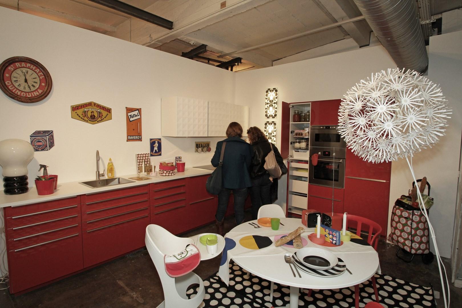 la nouvelle metod ik a. Black Bedroom Furniture Sets. Home Design Ideas
