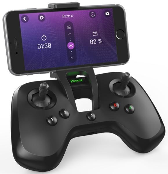 La télécommande Flypad, fournie en standard avec le Swing, augmente la portée de 20 à 60m